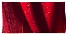 Golden Pollen Red Chrysanthemum Beach Sheet