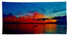 Red Horizon Beach Sheet