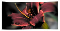 Red Lilly2 Beach Towel