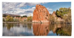 Red Rock Canyon Reservoir Beach Towel