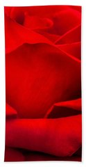 Red Rose Petals Beach Towel