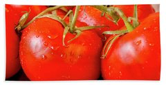 Red Tomatoes On The Vine Beach Towel