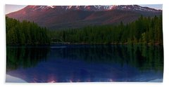 Reflection On California's Lake Siskiyou Beach Towel