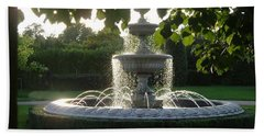 Regents Park Fountain Beach Towel