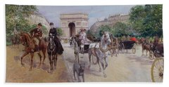 Riders And Carriages On The Avenue Du Bois Beach Towel by Georges Stein