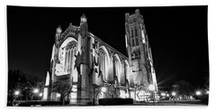 Rockefeller Chapel - B And W Beach Towel by CJ Schmit