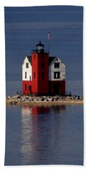 Round Island Lighthouse In The Morning Beach Sheet