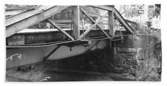 Route 532 Bridge Over The Delaware Canal - Washington's Crossing Beach Towel