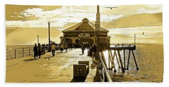 Beach Towel featuring the photograph Ruby's At The Pier by Everette McMahan jr