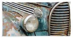 Rusty Ford 85 Truck Beach Sheet by David Lawson