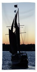 Sailing At Sunset Beach Sheet