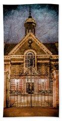 Oxford, England - Saint Hugh's Beach Sheet