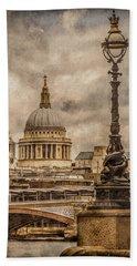 London, England - Saint Paul's Beach Sheet