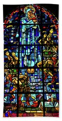 Sainte-mere-eglise Paratrooper Tribute Stained Glass Window Beach Towel