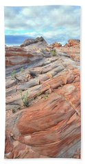 Sandstone Crest In Valley Of Fire Beach Sheet by Ray Mathis