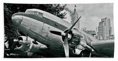 Classic Aircraft Douglas Dc-3 Beach Sheet