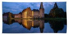 Schloss Raesfeld Beach Towel