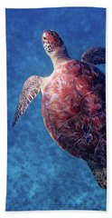Beach Sheet featuring the photograph Sea Turtle by Lars Lentz