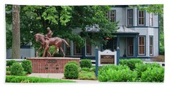 Secretariat Statue At The Kentucky Horse Park Beach Towel