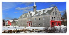 Shelburne, Nova Scotia In Winter Beach Towel