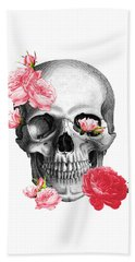 Skull With Pink Roses Framed Art Print Beach Towel