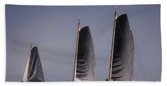 Skutsje Wedstrijd Voor De Wind Beach Towel