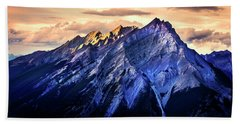 Beach Towel featuring the photograph Mount Cascade by John Poon