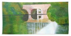 Sonning Bridge In Autumn Beach Towel