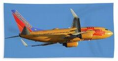 Southwest Boeing 737-7h4 N781wn New Mexico One Phoenix Sky Harbor November 11 2017 Beach Towel