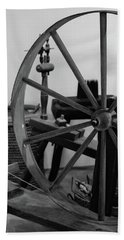 Spinning Wheel At Mount Vernon Beach Towel
