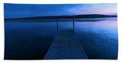 Springbrook Lake At Dawn Beach Towel by Jeff Swan