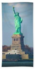 Statue Of Liberty 2 Beach Sheet