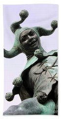 Stratford's Jester Statue Beach Sheet by Terri Waters