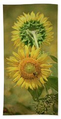 Beach Towel featuring the photograph Sunflowers Back To Back By Sandi O' Reilly by Sandi O'Reilly