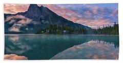 Sunrise At Emerald Lake Beach Towel