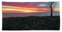 Sunrise At Lake Sakakawea Beach Sheet