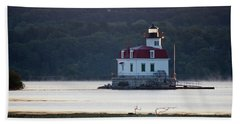 Beach Towel featuring the photograph Sunrise At The Esopus Lighthouse by Jeff Severson
