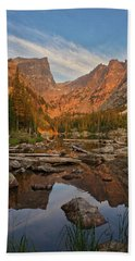 Sunrise On Dream Lake Beach Towel