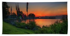 Sunrise On The Neuse 2 Beach Towel