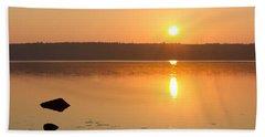 Sunrise On The Rocks Of Branch Lake - Maine Beach Towel
