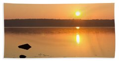 Sunrise On The Rocks Of Branch Lake - Maine Beach Towel
