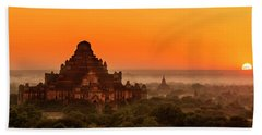 Sunrise View Of Dhammayangyi Temple Beach Sheet