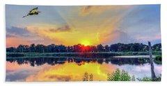 Sunset On A Chesapeake Bay Pond Beach Towel