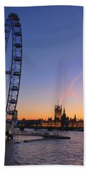 Sunset On River Thames Beach Towel