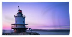 Sunset Over Spring Breakwater Lighthouse In South Maine Beach Towel