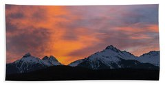 Sunset Over Tantalus Range Panorama Beach Towel