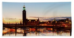 Sunset With Cityhall Of Stockholm Beach Towel