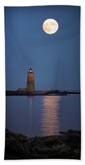 Super Moon Over Whaleback Lighthouse Beach Sheet