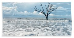 Beach Towel featuring the photograph Surfside Tree by Phyllis Peterson