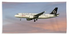 Swiss Star Alliance Livery Airbus A320-214 2 Beach Towel
